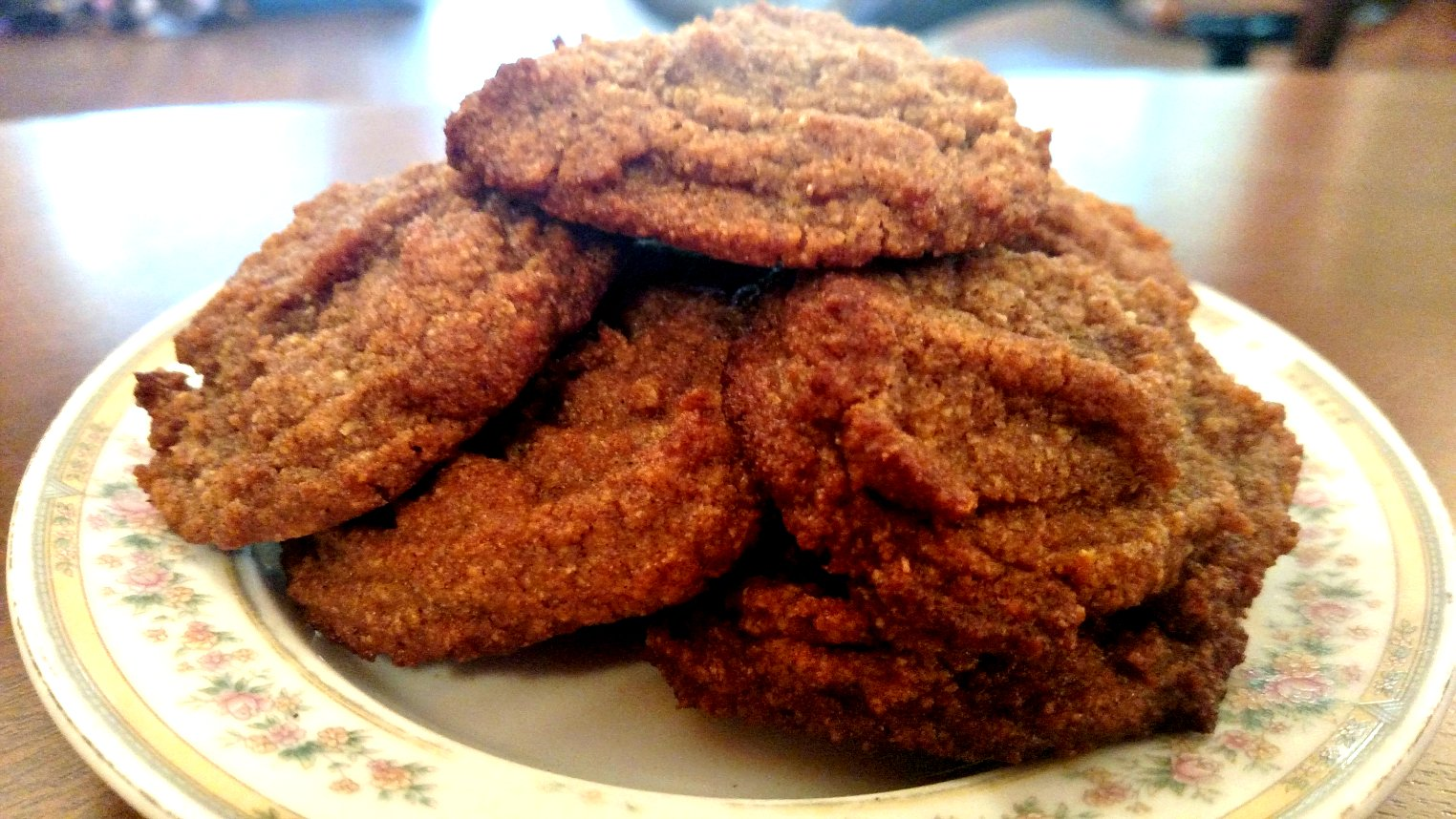 Sweet and Spicy Low Carb Ginger Cookies